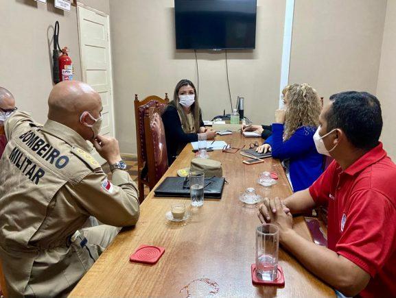 Jucea recebe representantes do Corpo de Bombeiros para reunião técnica
